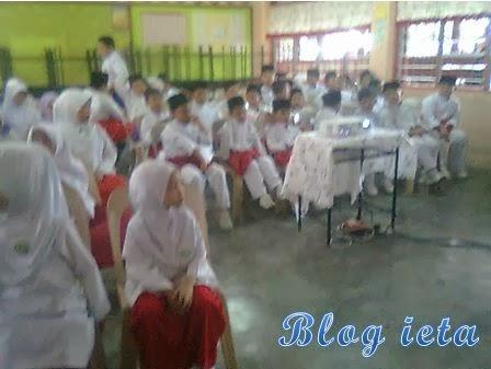 KISAH GURU, PENGALAMAN, Pengalaman hidup, Pengalaman Blogger, Sekolah Rendah Agama Al-Akram, MAJLIS JASAMU DIKENANG, belajar English dengan mudah, http://ieta-myblog.blogspot.com/2014/01/majlis-jasamu-dikenang.html