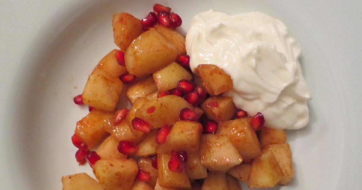 med kærlig hilsen: Spiced Pears and Pomegranate
