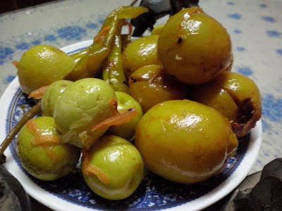 طريقة عمل الليمون المعصفر السريع