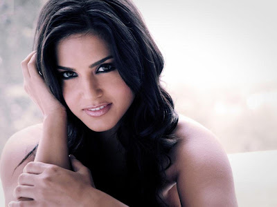 Sunny Leone Actress Wallpapers 05