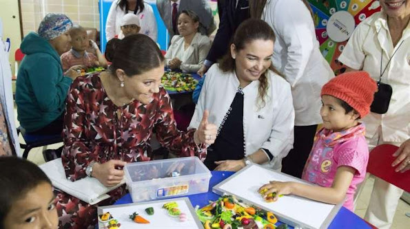 Crown Princess Victoria and Prince Daniel visited INEN in order to check progress in oncology health led by the Peruvian government. Deputy minister Peter Grillo Rojas