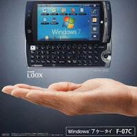 Fujitsu Loox F-07C dual OS hybrid phone