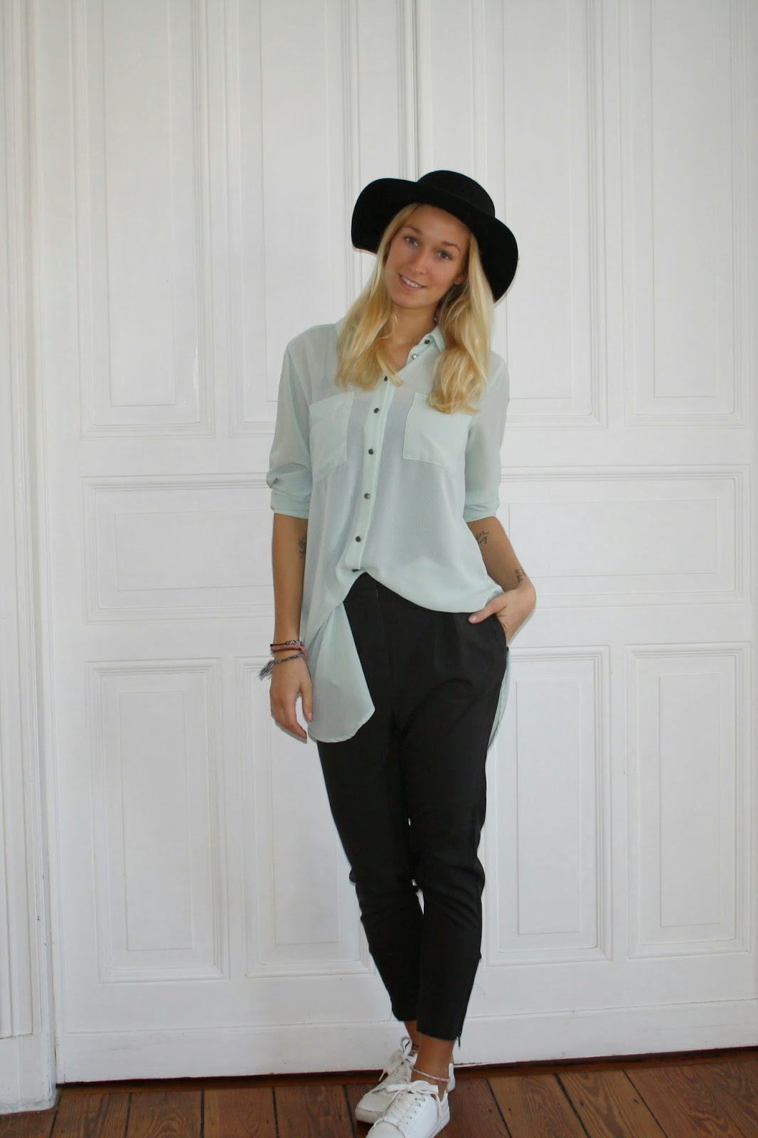 Fashionblogger Outfit bequeme Hosen