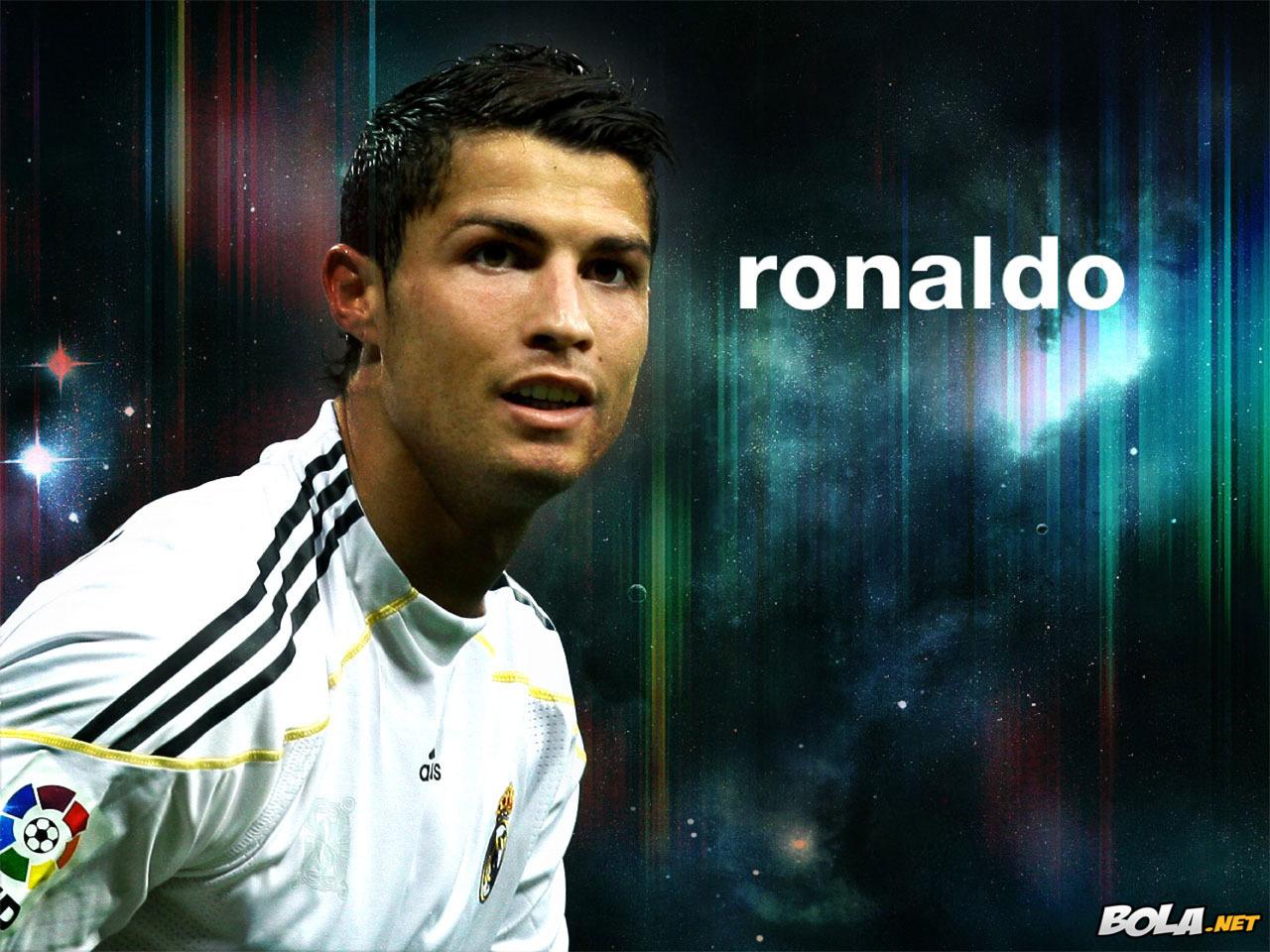 http://2.bp.blogspot.com/-UlPLXmgmHZs/UBBd4KoliCI/AAAAAAAAJX8/CWuYGFZ9Cbs/s1600/Wallpapers+de+Cristiano+Ronaldo,+images+%288%29.jpg
