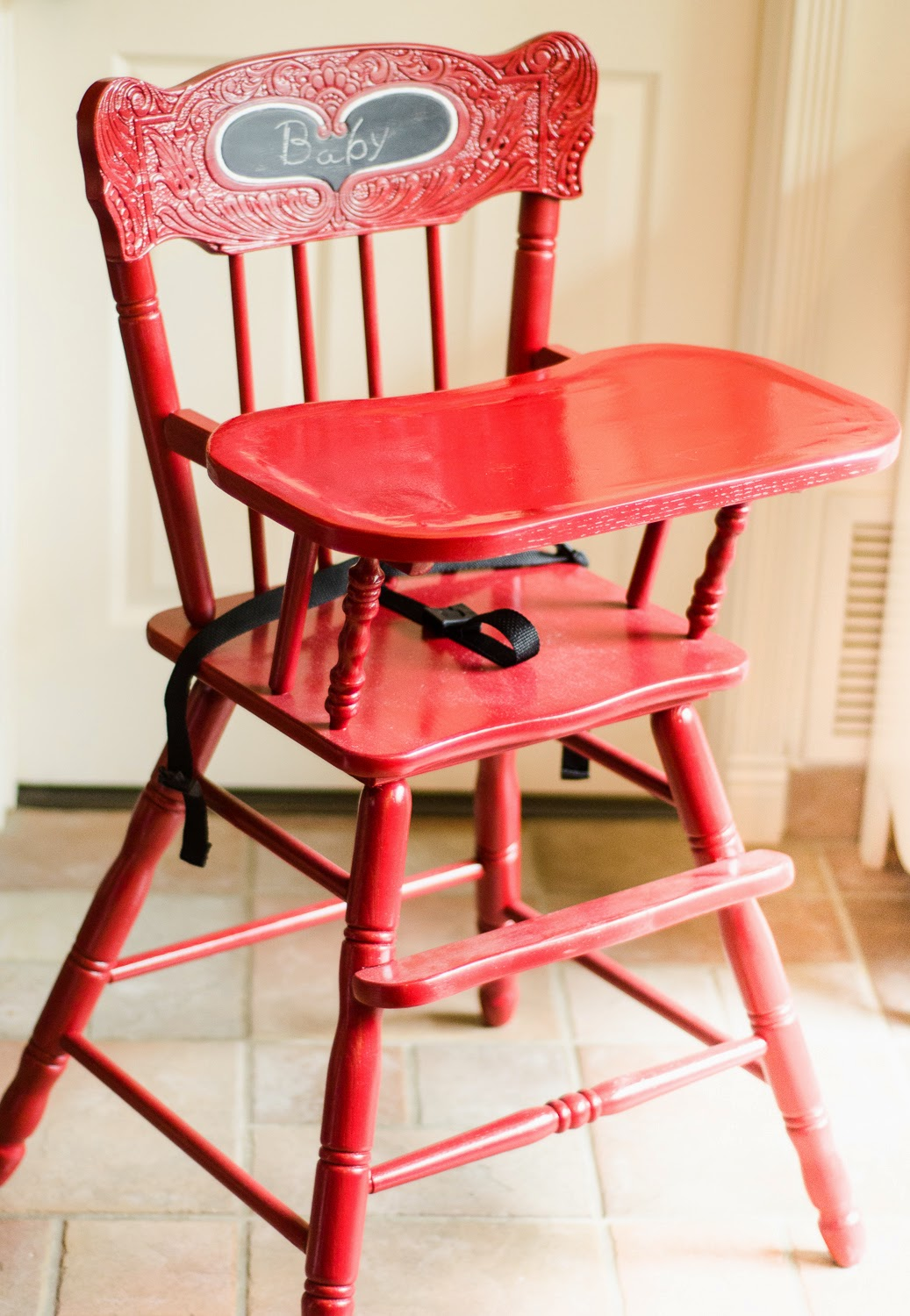 Painted wooden high chairs - Because My High Chair Had This Adorable Carving On The Back Of The Seat I Painted The Heart In With Chalkboard Paint And Outlined It With White Paint