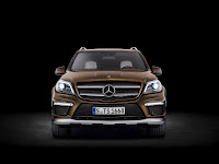 2012 all new Mercedes GL350 luxury suv offroad original press picture