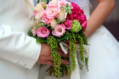 Lovely pink wedding bouquet