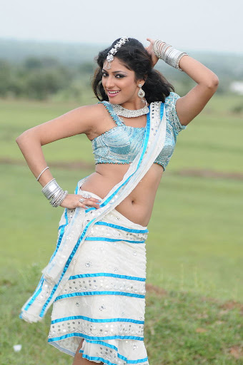 Latest Hari Priya Spicy Dancing Photos