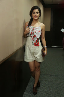 Isha Talwar in lovely Beautiful Flower Print gown at Maine Pyar Kiya event at Red Fm
