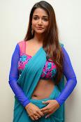 Anaika soti sizzling in saree-thumbnail-16