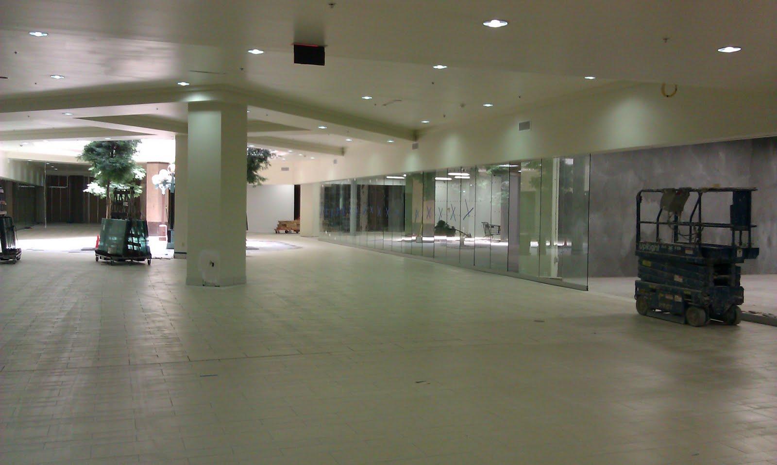 Vallco Fashion Park