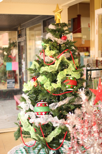 dollar store christmas tree garland - Dollar Store Christmas Tree