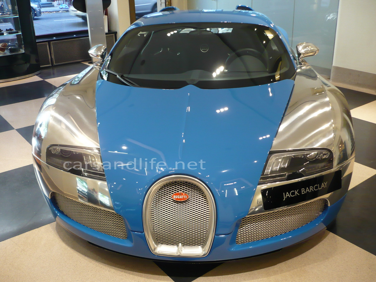 second hand bugatti veyron cars life cars fashion. Black Bedroom Furniture Sets. Home Design Ideas