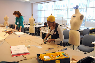 Things To Look For In A Fashion School