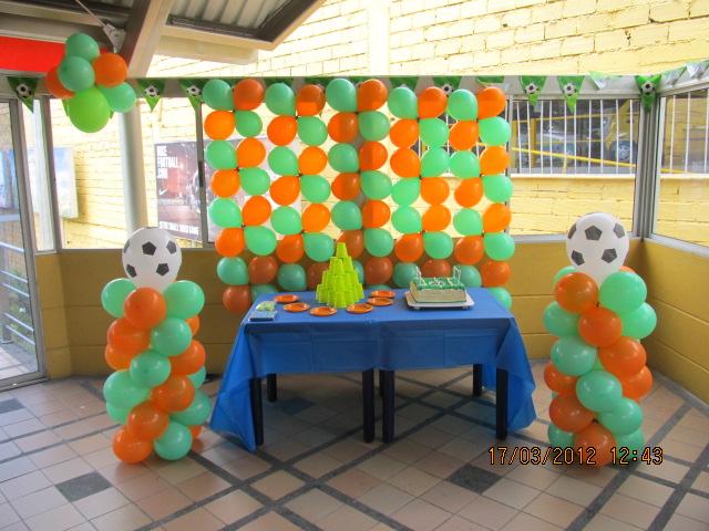 Fiestas equipos de futbol football fiestas tematicas - Adornos de fiesta ...