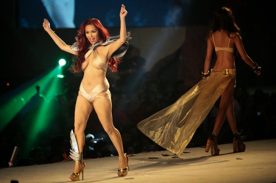jahziel manabat sexy nude pics at fhm 100 sexiest victory party 2013