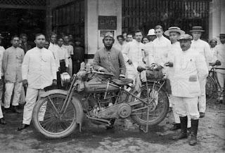 Sejarah Asal Usul Sepeda Motor di Dunia