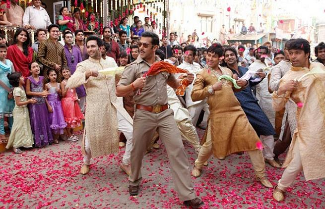 Download DABANGG 2 Movie For Free Full DVD Quality