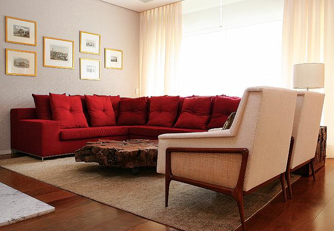 Segue abaixo algumas decorações com sofás vermelhos
