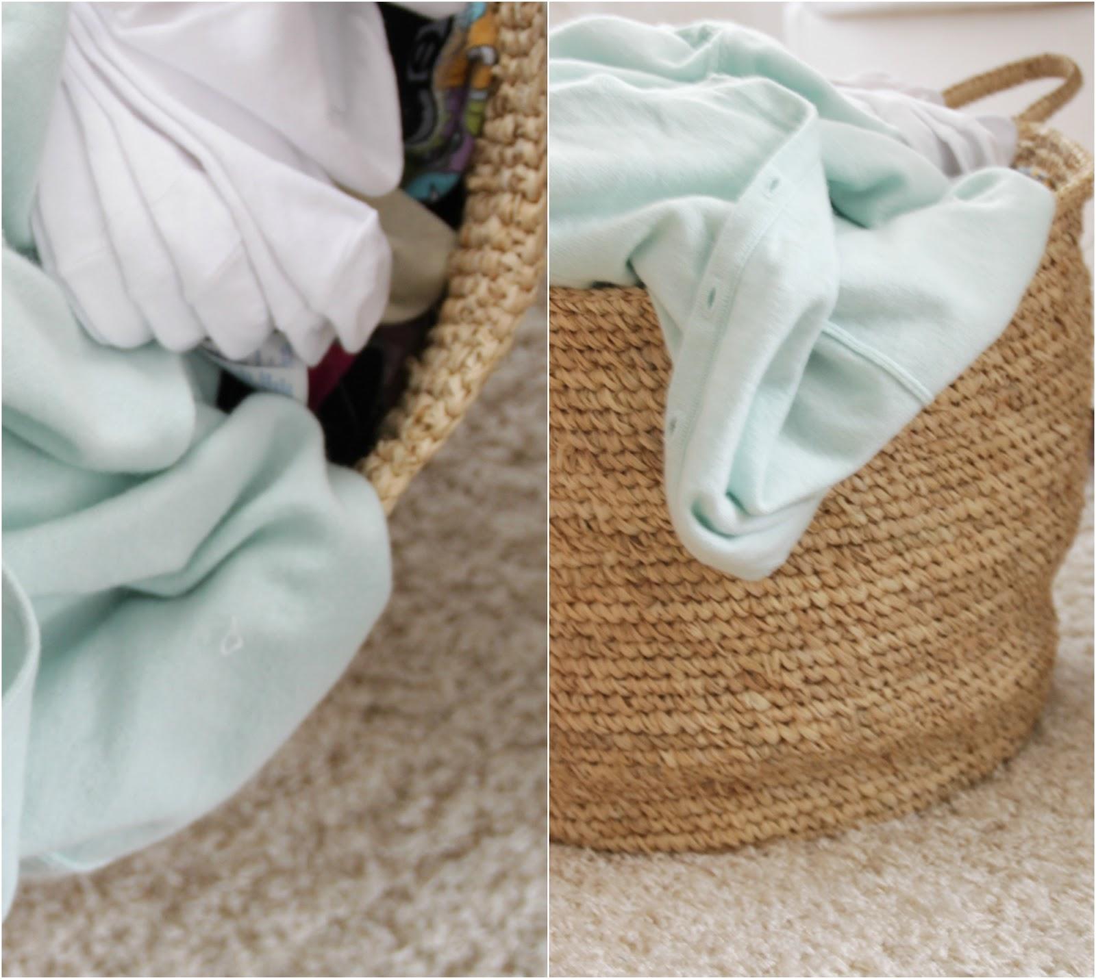 Bim Wäschesortieren: Für jede Person einen Wäschekorb einplanen