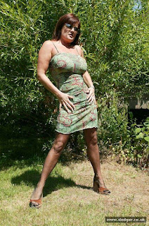 性感的母狗 - sexygirl-Dodger_Nylons_Outside_DD0S0333-791231.jpg