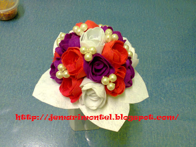 latest design felt roses hand bouquet for bride