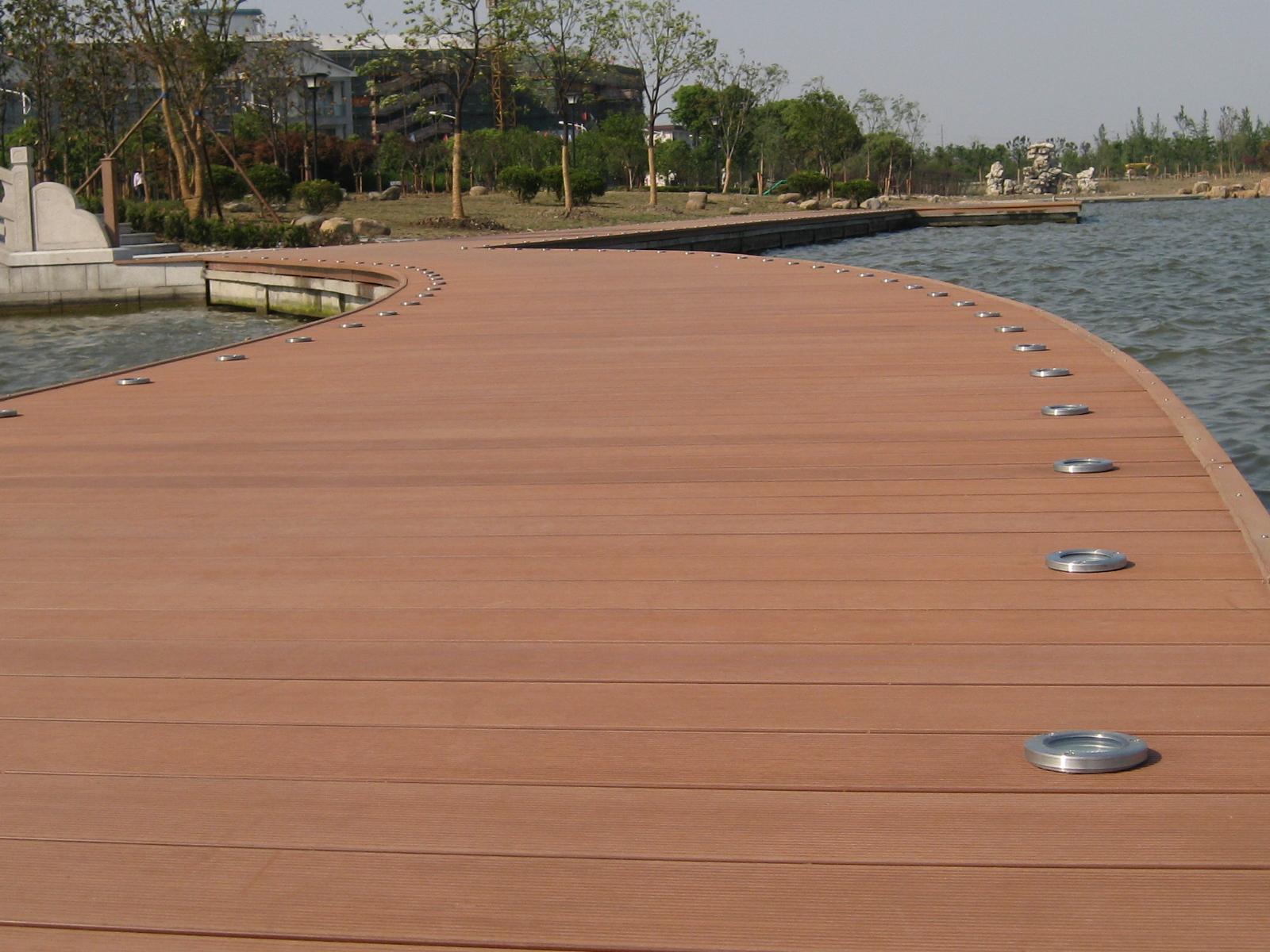 Suvire for Pisos de madera para exteriores