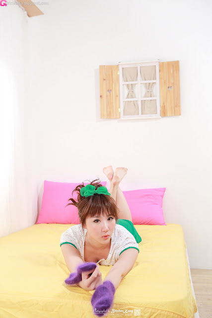 2 Yeon Da Bin - White and Green-Very cute asian girl - girlcute4u.blogspot.com
