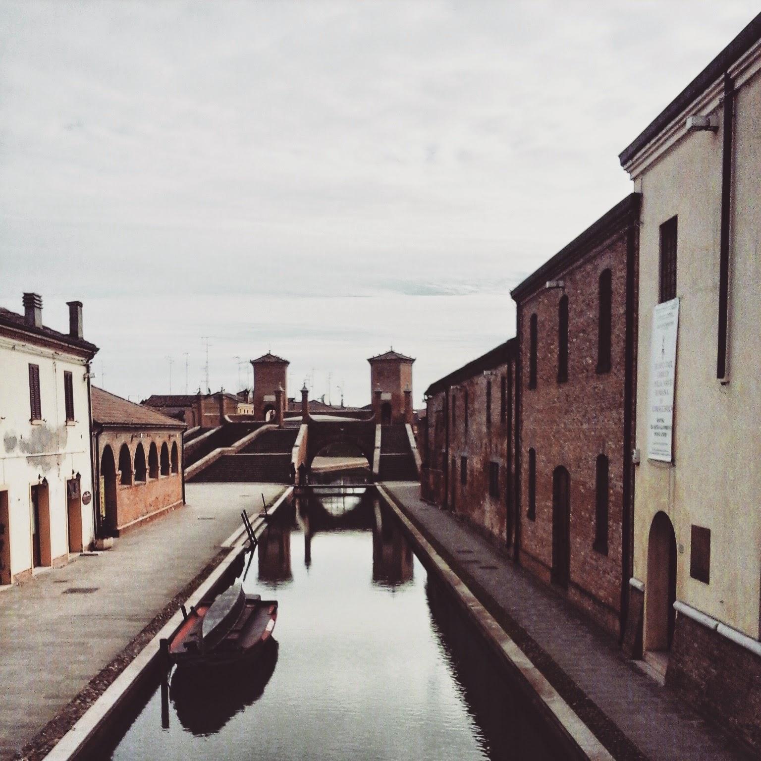 Comacchio Tre ponti- Foto di Monica Gatti La gatita sotto le due torri blog