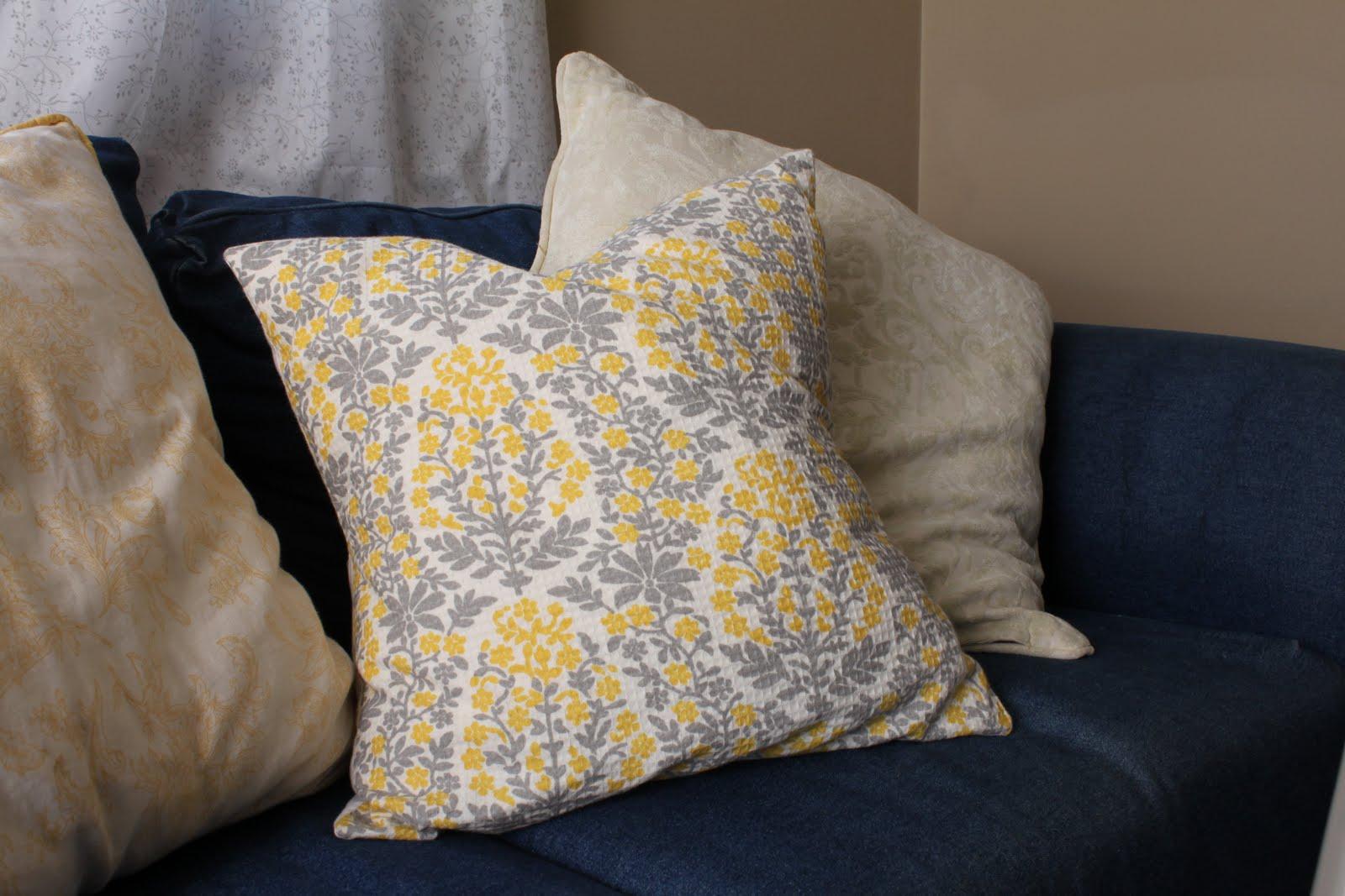 Cheap Christmas Pillows