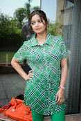 Swathi Glam photos in green-thumbnail-9