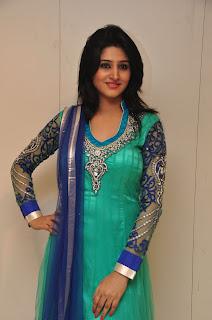 Model Shamili in chudidar at cmr event 005.jpg