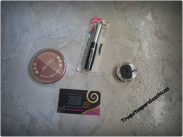 Woman Cosmetics Reus