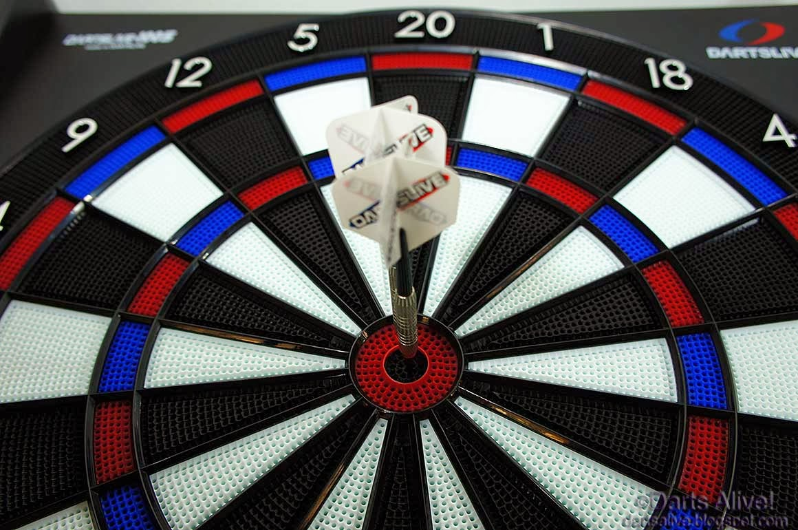 Unboxing Dartslive 100s Home Electronic Dart Board Darts