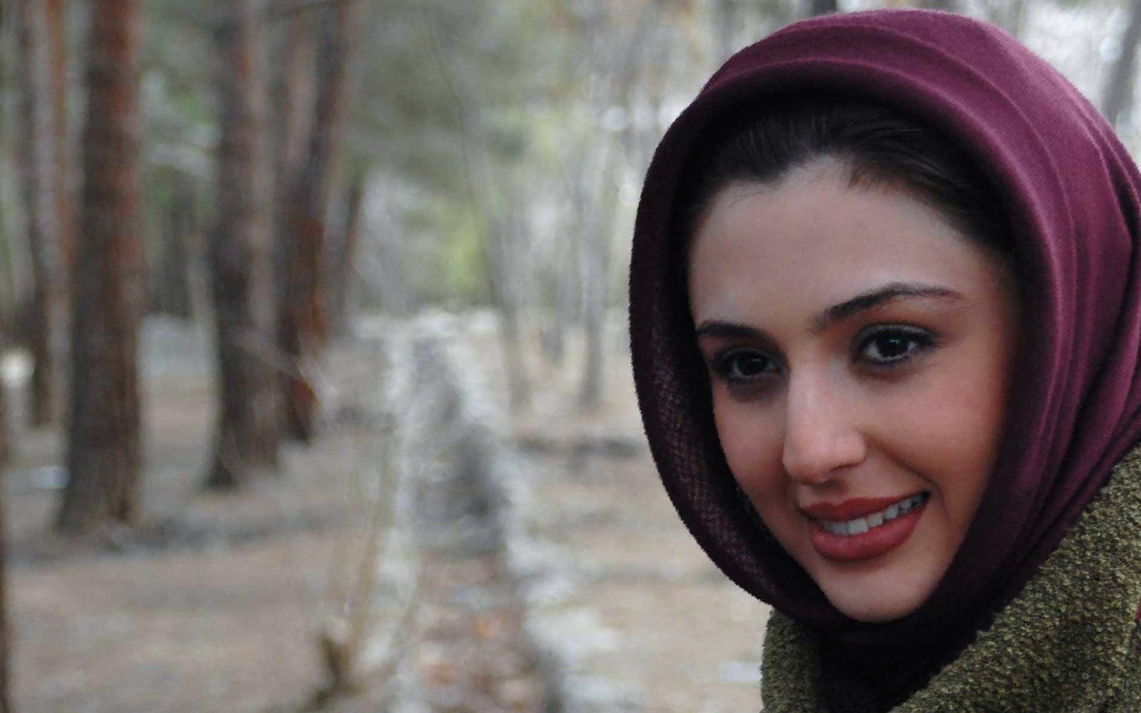 picture Niusha Zeighami