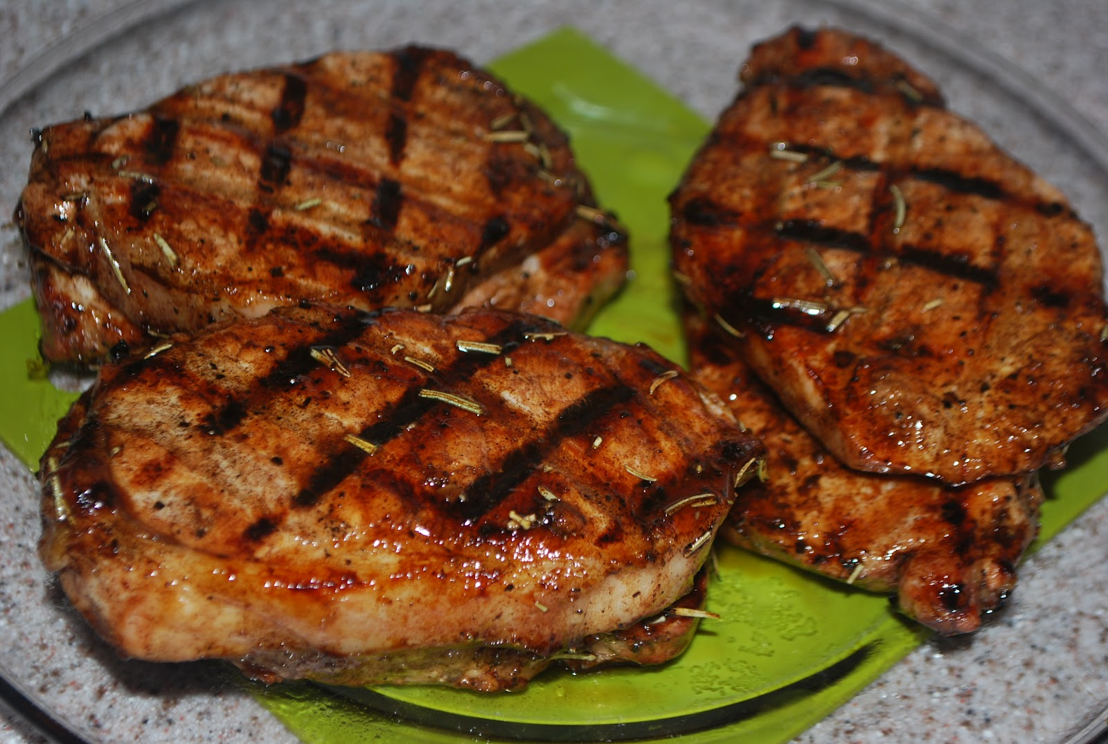 Miss Jen's Kitchen Adventures: Honey-Balsamic Glazed Pork Chops