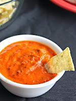 Molho de pimentão vermelho e tomate