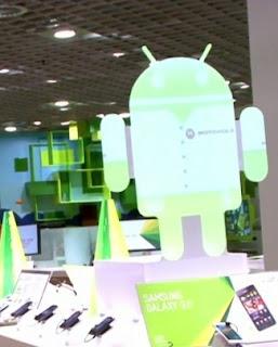 8 Alasan Android Berjaya [ www.BlogApaAja.com ]