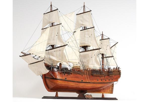 HMS Endeavour Tall Ship Model
