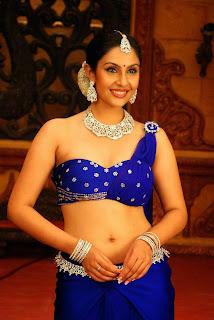 Actress Divya Parameshwaran Show Pictures 4.jpg