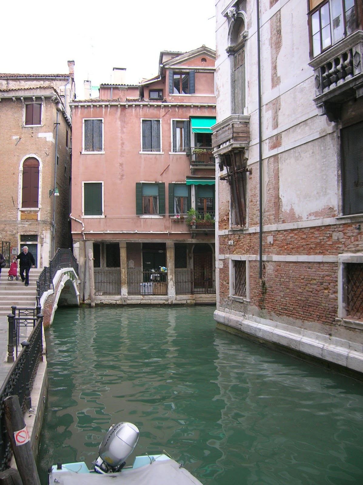 rauhala ramblers train from milan to venice italy oct 7. Black Bedroom Furniture Sets. Home Design Ideas