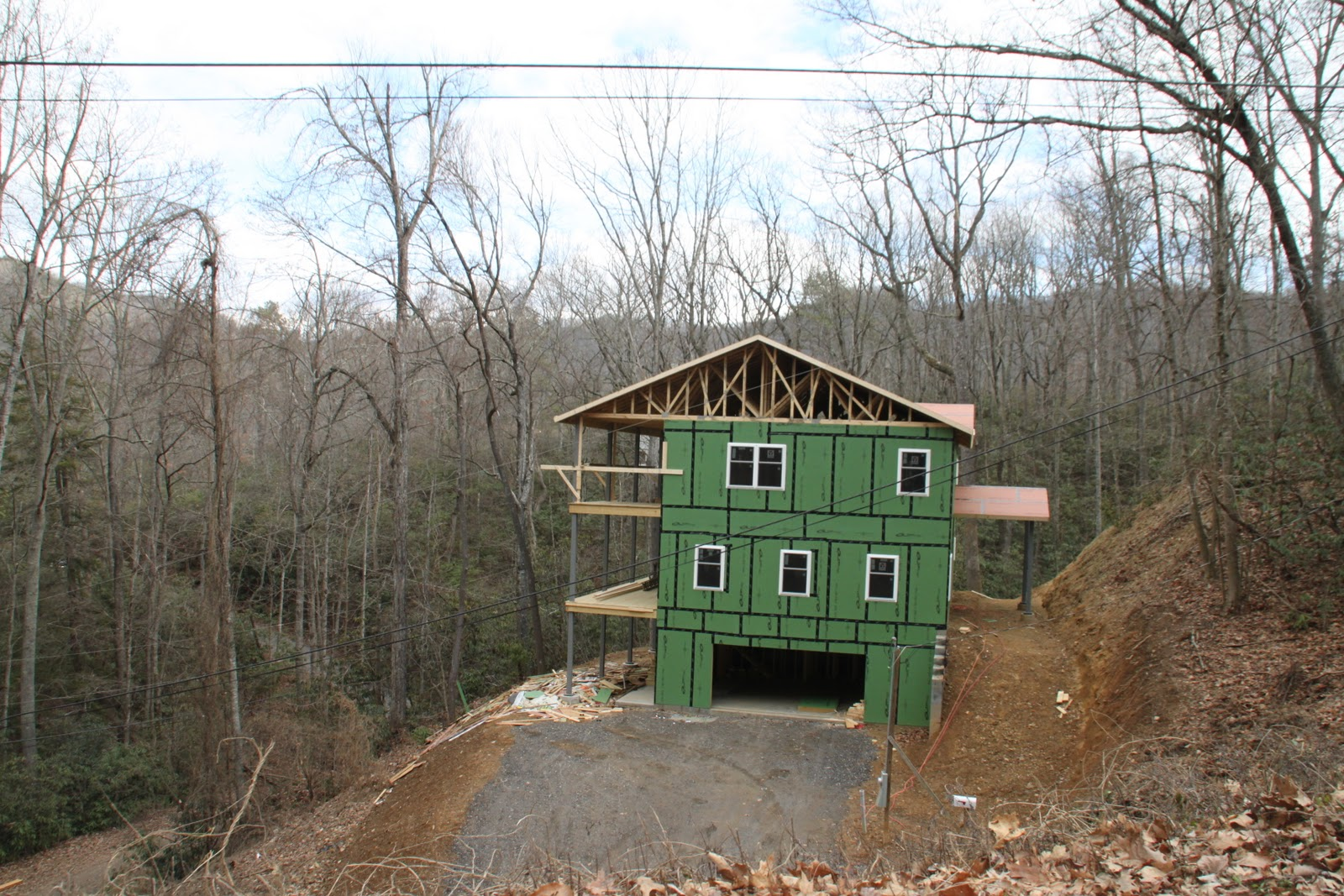 Life in the carolina mountains steep slope homes for How to build a house on a steep slope