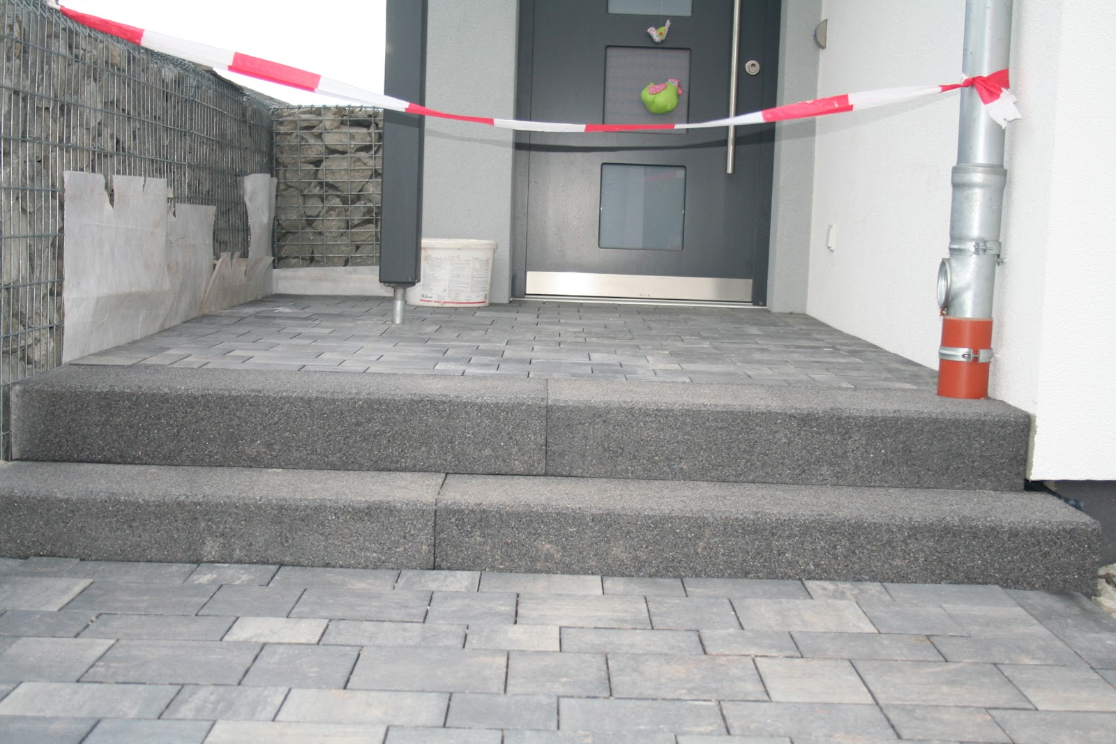Unterbau Terrasse Schotter : Wir bau(t)en ein Fingerhaus AVEO in Hef Rof Juni 2012