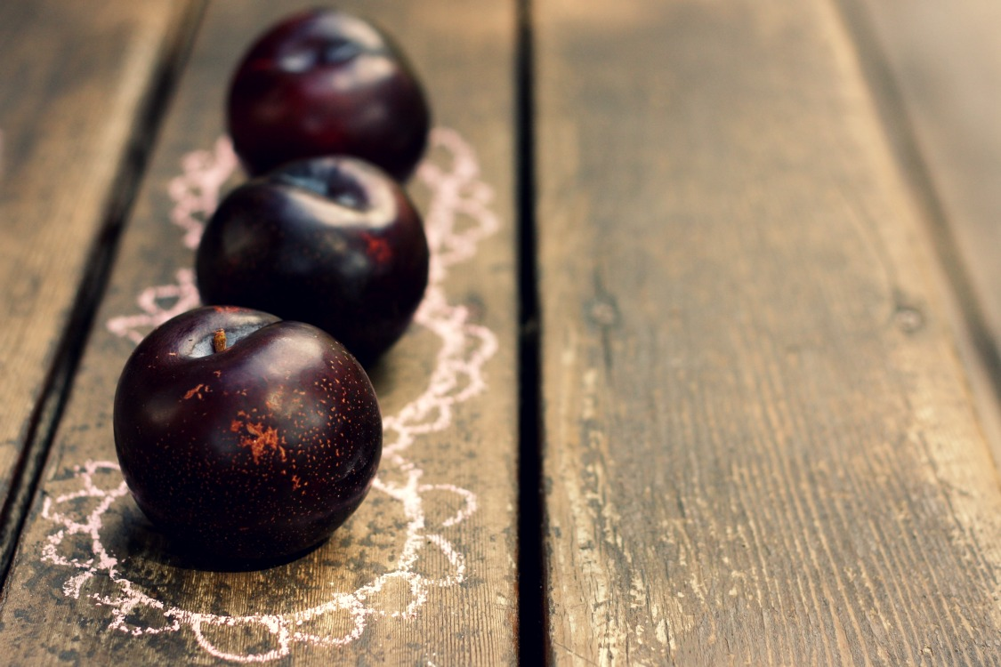 The Vanilla Bean Blog | plum blueberry upside-down cake ...