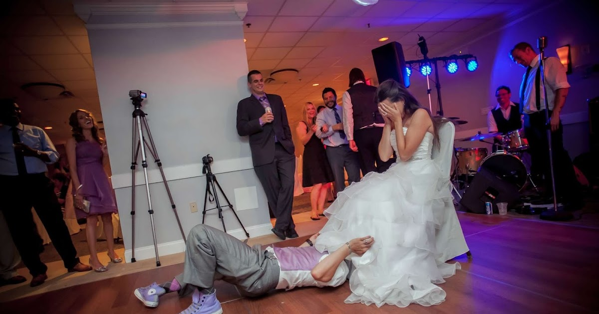 A groom 39 s take on the garter belt toss a bride on a budget for Garter under wedding dress