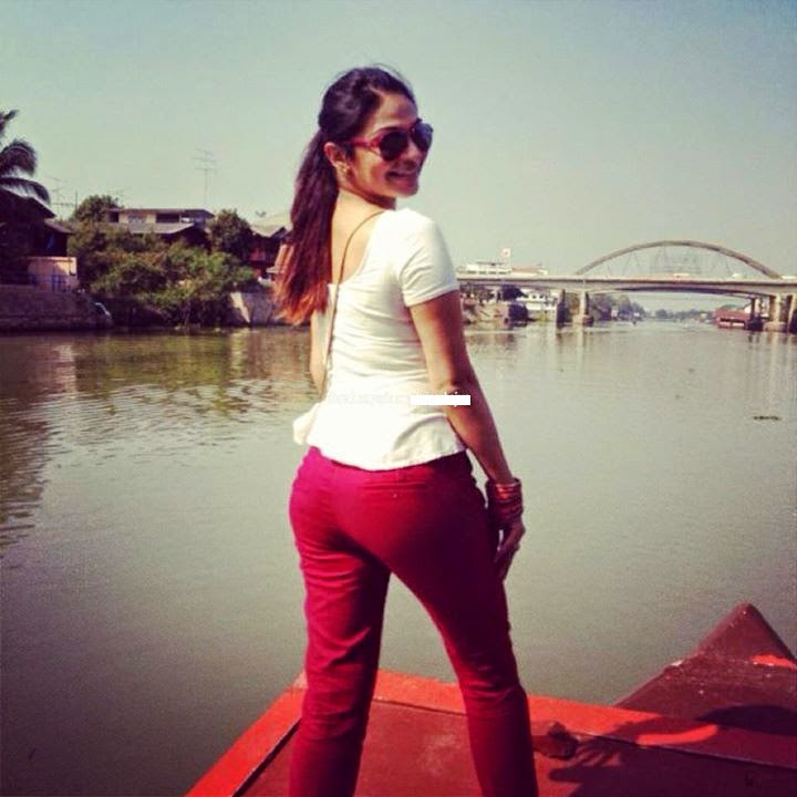 neeru bajwa showing her ass butt in tight red pants unseen rare hot pics of neeru bajwa