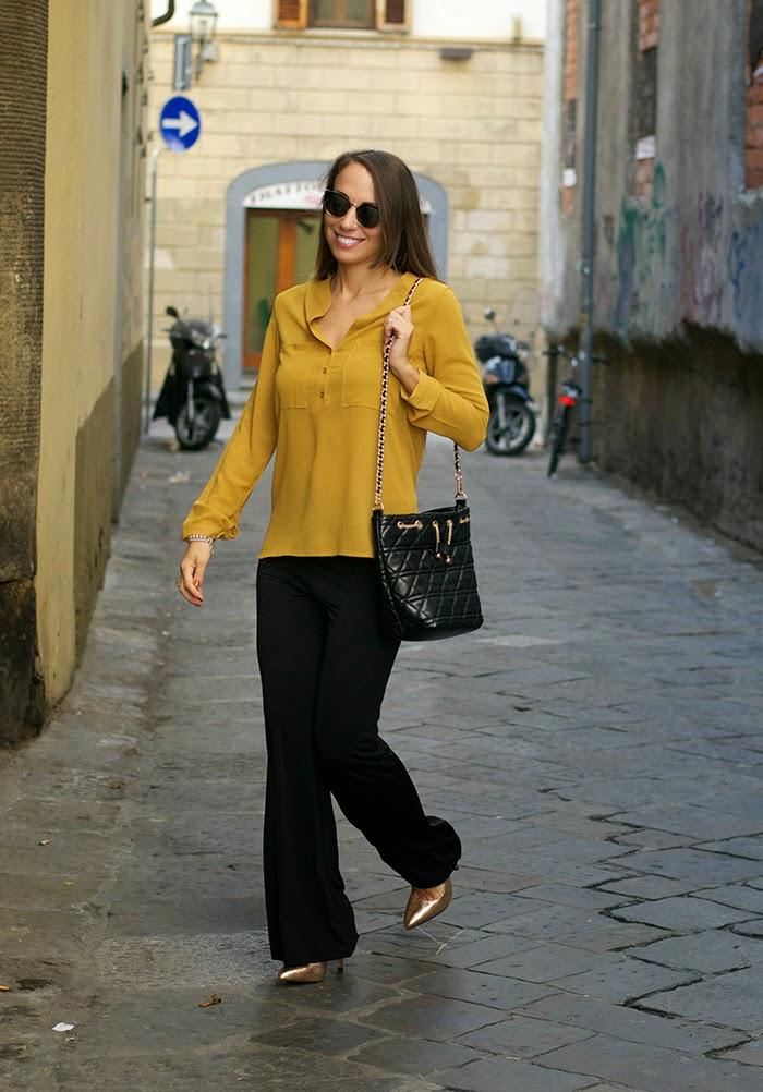 camicia giallo ocra