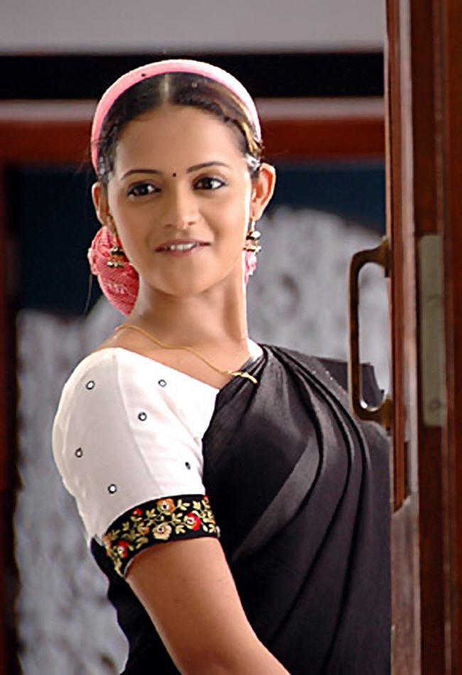 Telugu tamil actress bhavana photos bhavana hot pictureswallpapers telugu tamil actress bhavana photos bhavana hot pictureswallpapersbiography thecheapjerseys Images