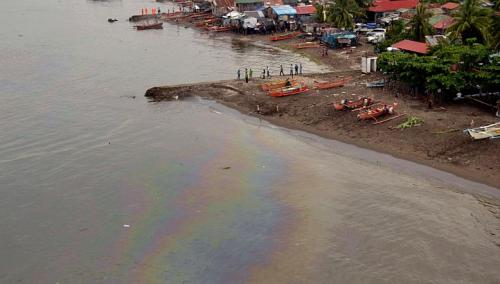 manila bay oil spill