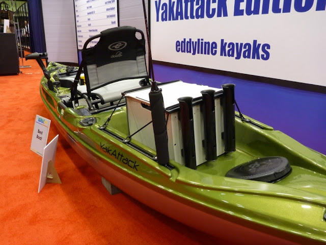 eddyline-C135-Yakattack-Stratofisher-Kayak-BlackPak